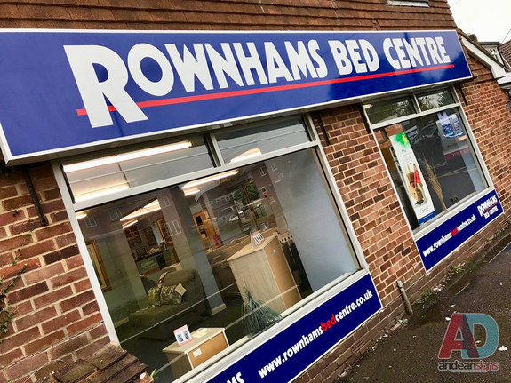 Rownhams Bed Centre  Sign Tray
