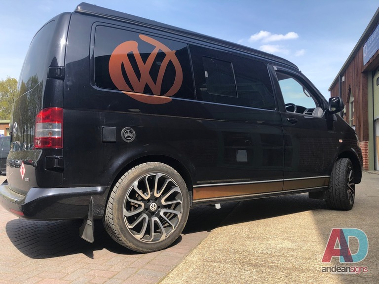 VW Transporter - Side stripe and VW logos