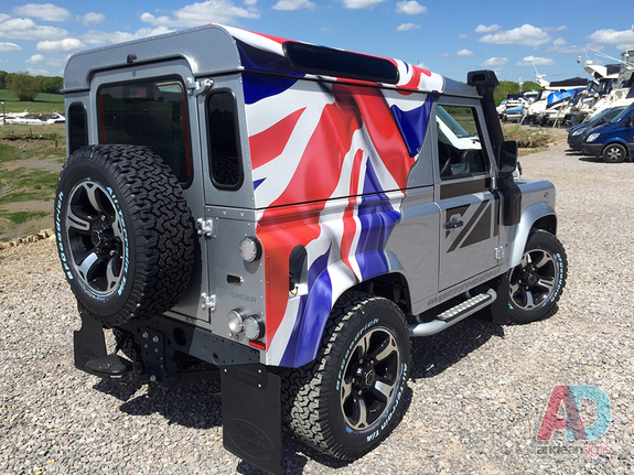Land Rover Defender - Vehicle Graphics, Wrapping