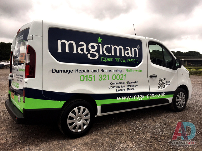 Renault Trafic  - Cut vinyl vehicle graphics