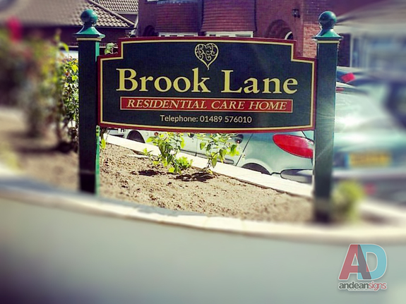 Brook Lane - Shaped Powder Coated Sign Tray with Square Posts and Finials